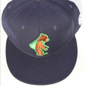 brim of the world Accessories - Fitted cork grizzly brim of the world  headwear bb9e01d34708